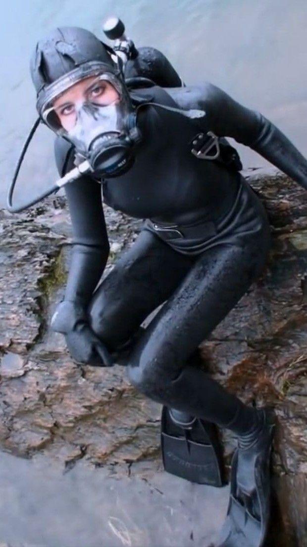 doktor sex spiele heavy rubber anzug