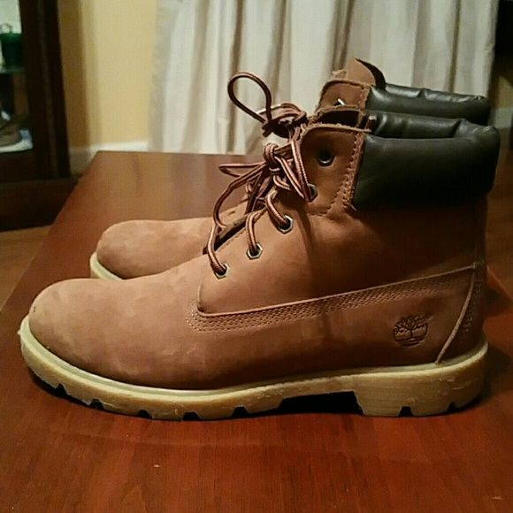 Dark brown Timberland boots Rust color. Excellent condition, 6 mens, can be unisex, 7-7.5 women's Timberland Shoes