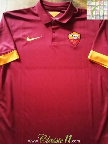 Relive AS Roma's 2014/2015 season with this original Nike home football shirt.