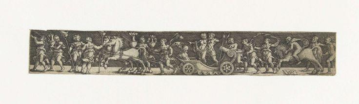 Hans Sebald Beham | Fries met een man en een vrouw in een triomfwagen, Hans Sebald Beham, Anonymous, 1510 - 1550 | De triomfwagen wordt getrokken door twee paarden. Achter de wagen lopen vrouwen en rijdt een ruiter. Vooruit lopen vrouwen met fakkels, kannen en een hoorn. Gearceerde achtergrond.