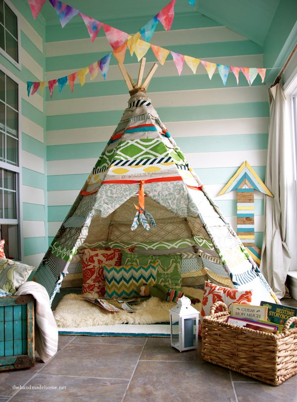 Inside your easy no-sew teepee @Chrissy L Lambrecht - I think you should help me make this for the boys. We can make Joe and Matt do the wood parts :)
