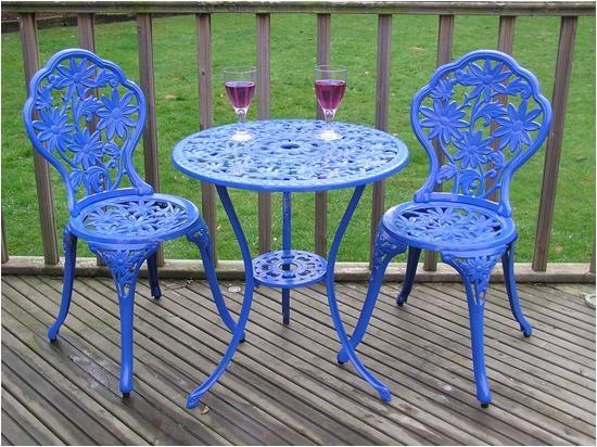 The Garden Centre  Gloss Blue Cast Aluminium Garden Furniture Bistro Set  Round table. Best 25  Cast aluminium garden furniture ideas on Pinterest   Wood