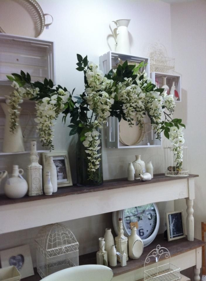 Gisborne French Provincial - love the shelves