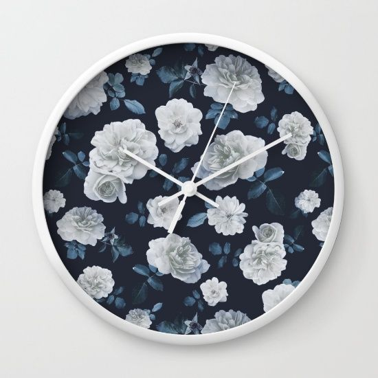 White Roses Flower pattern Wall Clock