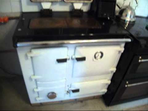 Rayburn solid fuel range cooker. - YouTube