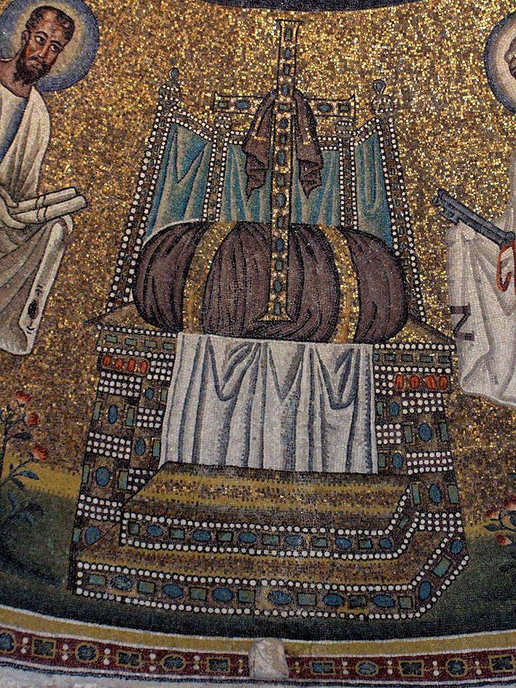 BATPTISTERIO DE LOS ARRIANOS. Una procesión de los doce apóstoles, guiados en diferentes direcciones por san Pedro y san Pablo circundan la cúpula, encontrándose junto a un trono en el que hay un crucifijo enjoyado descansando sobre un cojín púrpura.