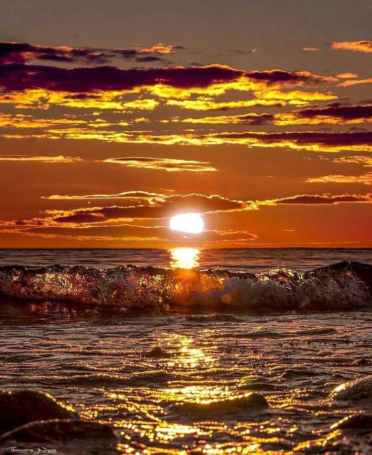 является картинки море рассветы и закаты эмоциями