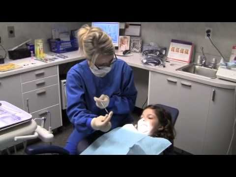 Child's First Trip To The Dentist - YouTube