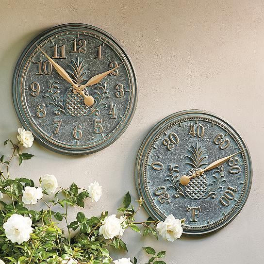Classic Pineapple Clock and Thermometer