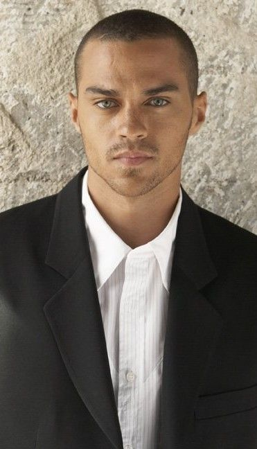 """Jesse Williams..... Wesley """"Jesse"""" Williams (born August 5, 1981) is an American actor, model, and activist, best known for his role as Dr. Jackson Avery on the ABC Television series Grey's Anatomy. — pinterest.com"""