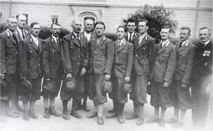 Egererdő fotója, Felnémeti Gondnokság dolgozói 1945