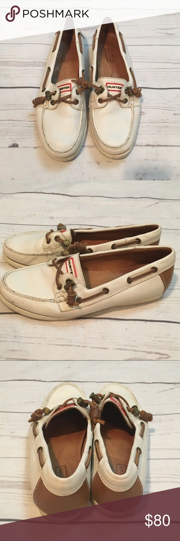 Hunter Boat Shoes Cute shoes, in great pre owned condition! Size 8 1/2. Hunter Shoes Flats & Loafers