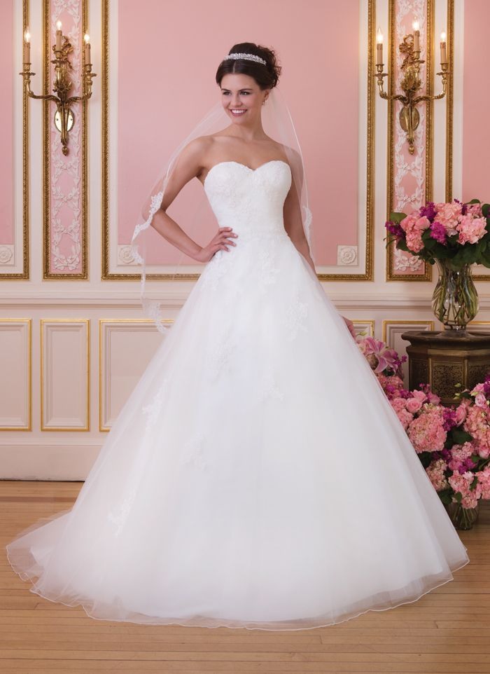 24 best sweetheart spring 2014 collection images on for Princess style wedding dresses sweetheart neckline