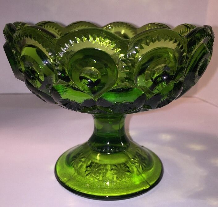 L E Smith Glass Moon and Stars Green Glass Pedestal Candle Holder | eBay