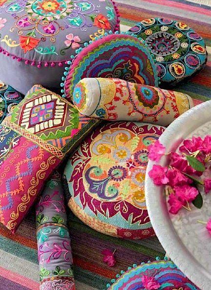 colorful pillows. boho pillows.