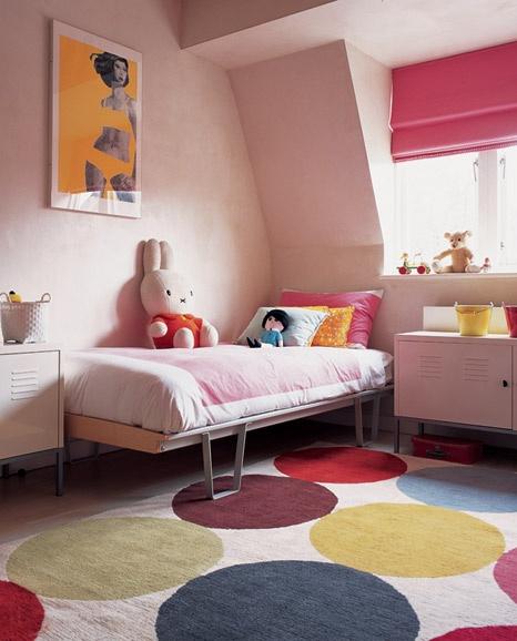 Bunny pink room.: Kids Bedrooms, Polka Dots, Kids Rooms Design, Modern Girls Rooms, Child Rooms, Pink Rooms, Kid Rooms, Rugs, Girl Rooms