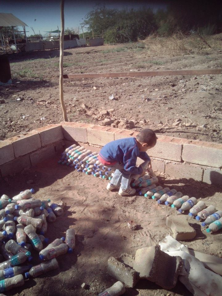 1000 images about plastic bottle creations on pinterest recycled materials bottle and activities - How to build an alley out of reused bricks ...