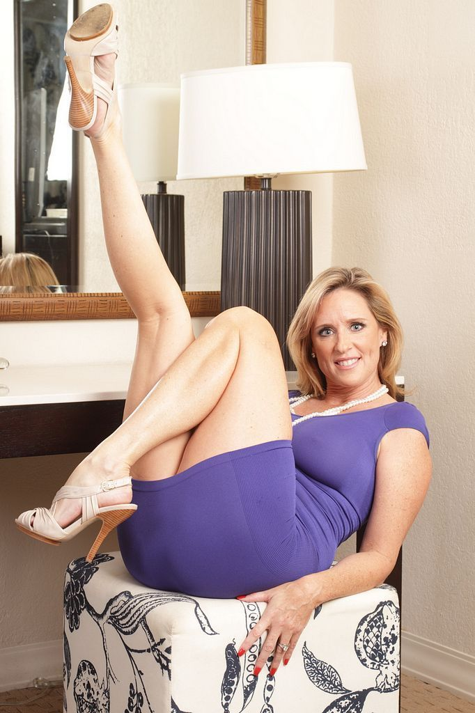 Mom Pictures Moms Pantyhose You Have 41
