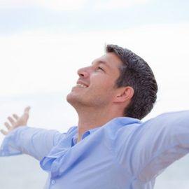 Aumentare l'autostima- Essere felici dipende solo da noi!  L'autostima gioca un ruolo veramente importante per il nostro benessere e la nostra felicità. Aumentare l'autostima è un argomento importante e scientificamente studiato da molto tempo.
