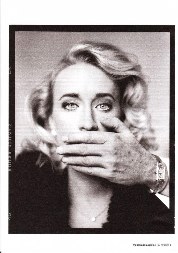 #portrait Eva Jinek for The Volkskrant by Stephan Vanfleteren
