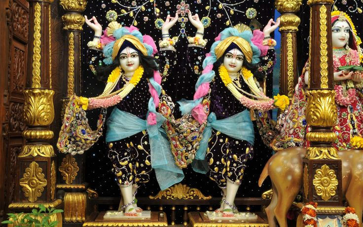 To view Gaura Nitai Wallpaper of ISKCON Chowpatty in difference sizes visit - http://harekrishnawallpapers.com/sri-sri-nitai-gaurachandra-wallpaper-017/