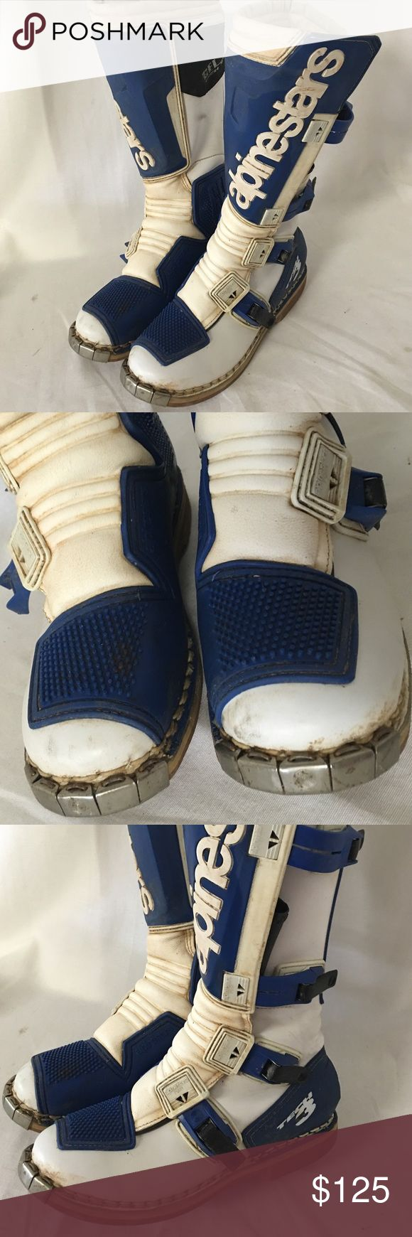 Alpinestars dirt bikes boots size 8 Mens Great quality dirt bike men's boots that has some used with some dirt noted all around and scratches on the metal toes noted but overall looks good and still has more life left. Alpinestars Shoes Boots