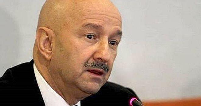"""El neoliberalismo """"sólo propone abusos en el mercado"""", dice Carlos Salinas, y propone el liberalismo social http://insurgenciamagisterial.com/el-neoliberalismo-solo-propone-abusos-en-el-mercado-dice-carlos-salinas-y-propone-el-liberalismo-social/"""
