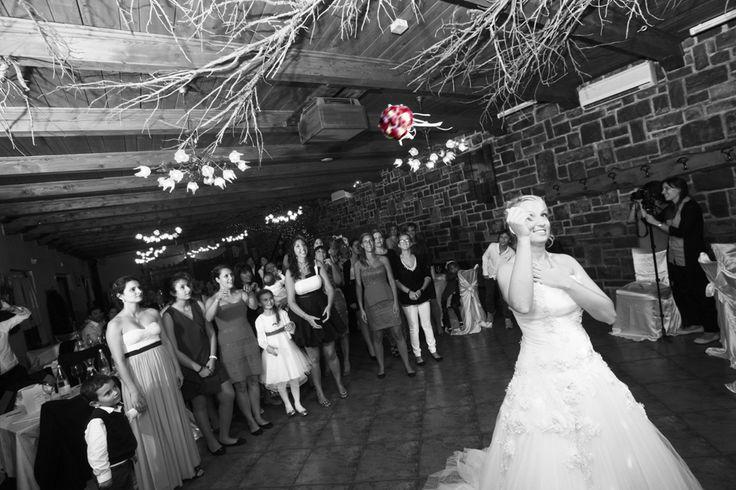Wedding corner: il lancio del bouquet
