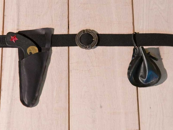 Cinturone da pirata completo di fibbia, fodero per pistola e porta elastici