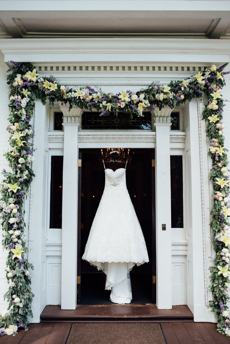 Enchanted Florist | Lavender and Lemon Yellow Majesty | Real Wedding at Riverwood Mansion