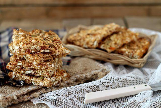 Vi presento la ricetta per creare dellebarrette energetichesenza glutine e senza uova. Le barrette energetiche senza glutine possono essere...