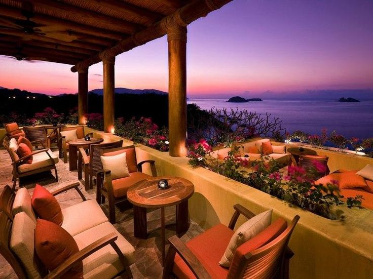 best beach hotels Capella Ixtapa