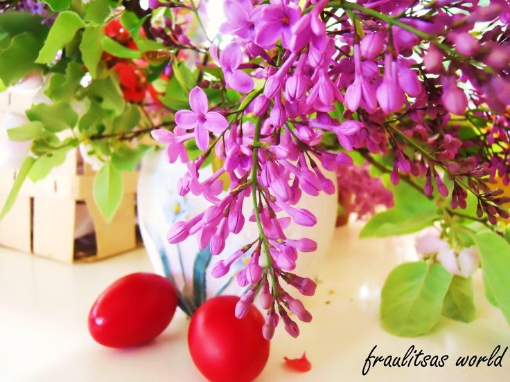 lilac and red eggs = greek easter