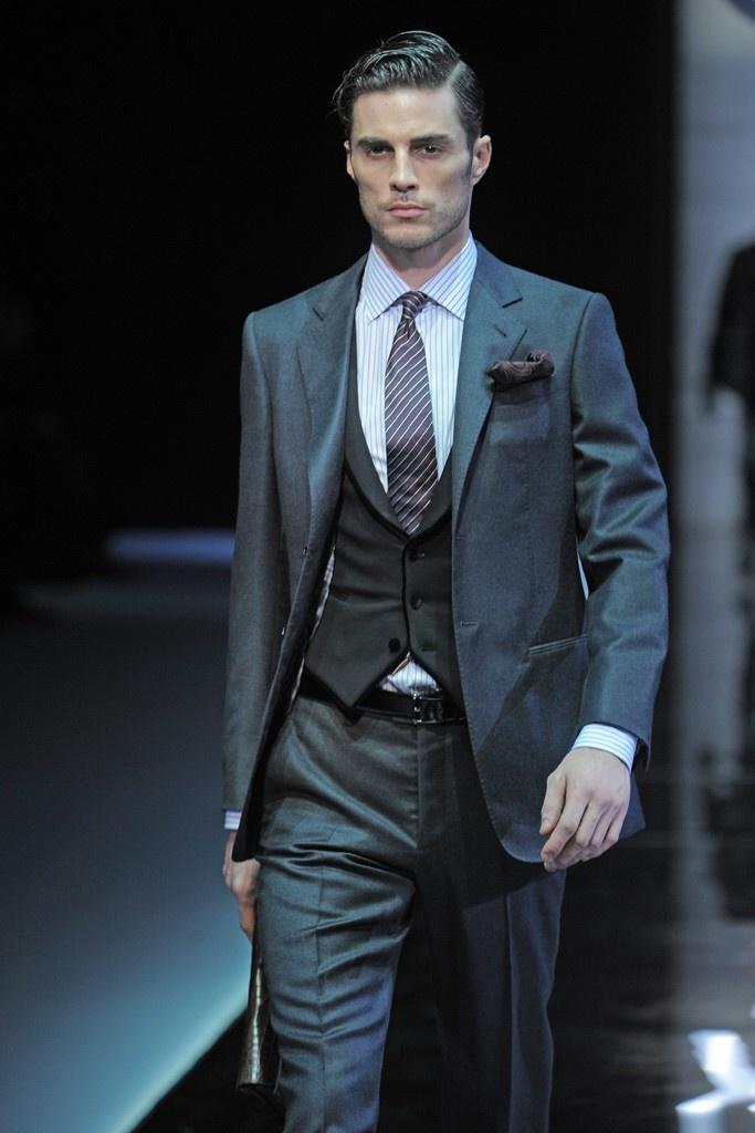 Giorgio Armani Men's RTW Fall 2013