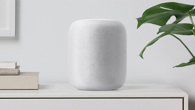 HomePod el altavoz inteligente de Apple para competir con Google y Amazon #WWDC17   Quién iba a decir que altavoces inteligentes como Amazon Echo y Google Home encontrarían un nicho de mercado suficientemente importante como para que Apple se lanzara a por él. Pero ha ocurrido. Siri ha salido del teléfono para convertirse en el asistente virtual de un altavoz de 350 dólares llamado Homepod.  Qué ofrece Apple a cambio de un producto más caro que esos otros? Bueno el concepto es un poco…