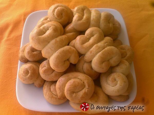 Pastry shop Easter cookies #cooklikegreeks #eastercookies #greekkoulourakia