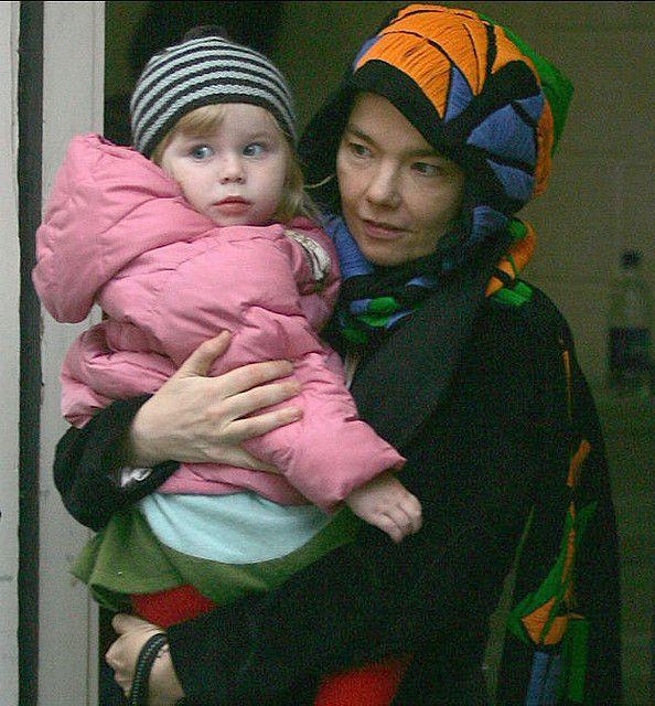 Bjork with Isadora | Björk's dresses---Like or No Like ...