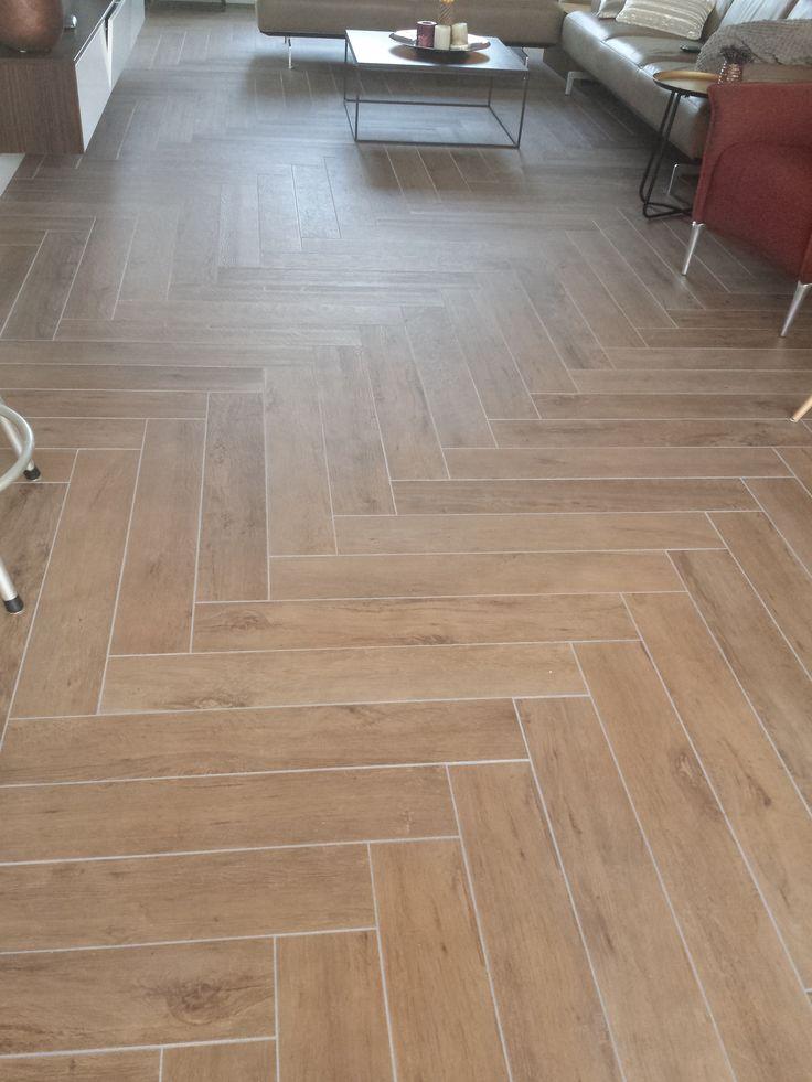 keramische tegelvloer atlas concorde visgraat dark oak 15x90 cm