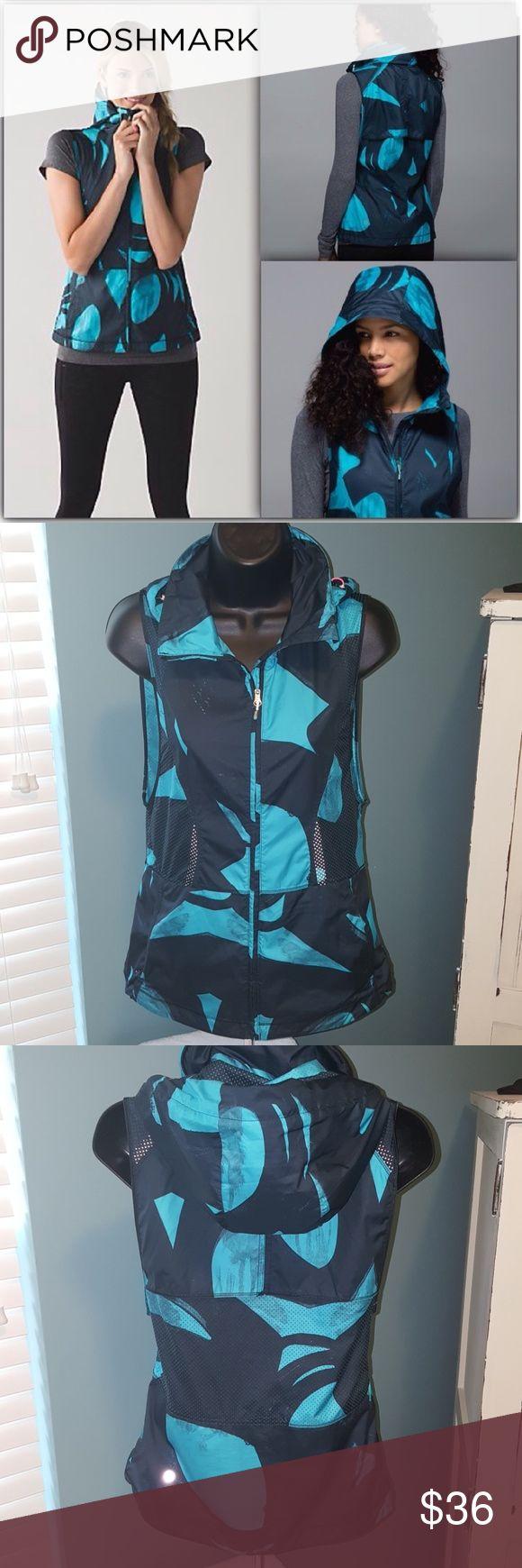 LULULEMON Pack it Vest 4 Lululemon vest, very lightweight and great for working out! Size 4, color is teal and black lululemon athletica Jackets & Coats Vests