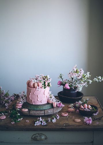 Cake and flowers