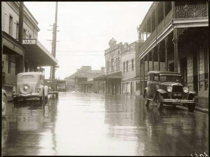 Beattie St in Balmain in the 1930s.