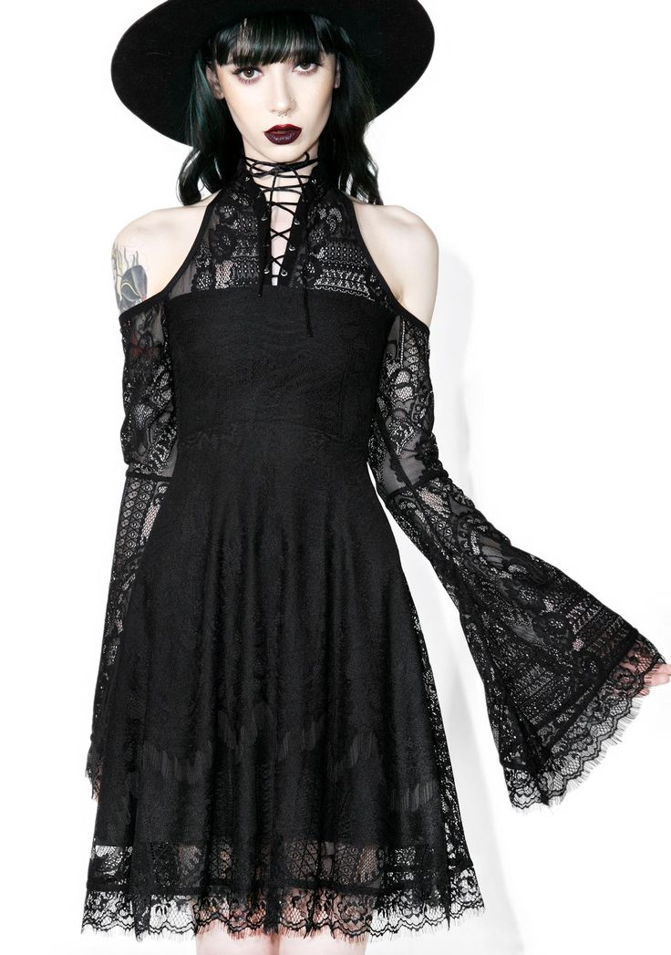 Killstar Bella Morte My Maiden Dress will have ya lookin' like an ethereal goddess by candlelight, somebody get the Ouija Board! This supa luxe dress features lavish Victorian-style lace, fully lined construction with a high neckline, open shoulders, long delicate bell-sleeves and lovely lace-up back.