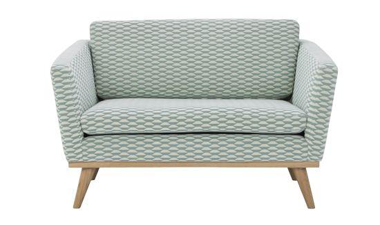 Ob großzügiger Sessel oder kleines Sofa: dieses schöne Sitzmöbel wird bei Red Edition «Love Seat» genannt!
