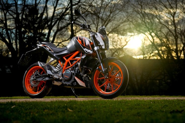 #KTM 390 #Duke Launched At An Introductory Price of Rs. 1.8 Lakh: http://www.carblogindia.com/ktm-390-duke-india-launch-in-june-details-photos/  #KTMDuke #390Duke #KTMIndia
