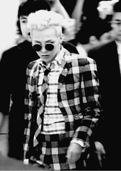 G-Dragon -- I love this suit on him and the hairstyle but wish he didn't have those sunglasses on
