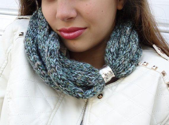 Mint  scarf Scarf in soft wheat Hand knitt warmer by PopisBOUTIQUE