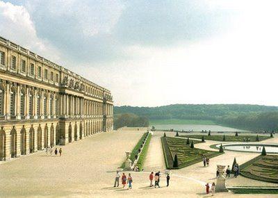 Versailles - photograph by Luigi Ghirri (1985)