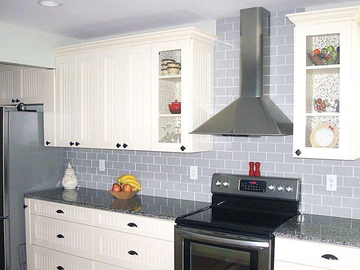 Die besten 25+ Gray subway tile backsplash Ideen auf Pinterest - spritzschutz küche glas