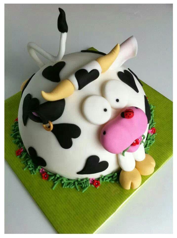 Cute cow cake.
