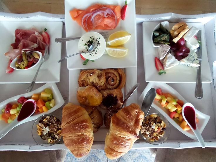 Prefer an indulgent breakfast in bed...? Try Tintswalo at Waterfall's room service!